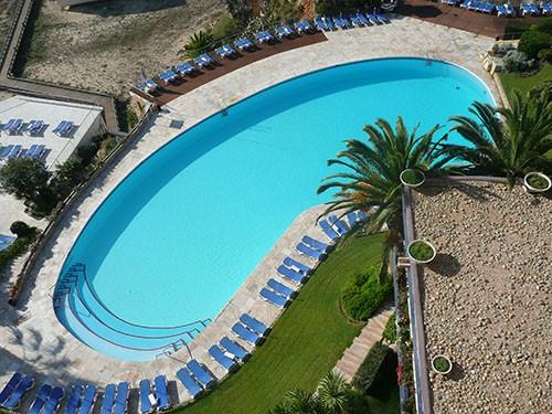Contrasa venta de pavimentos revestimientos y for Materiales construccion piscinas